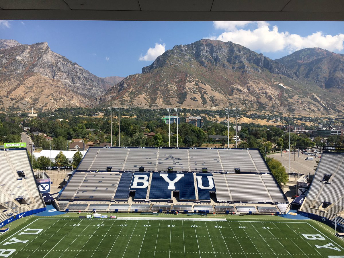 I don't know of many more scenic views from a booth than there is @BYUfootball https://t.co/hVb9Ej4gTk