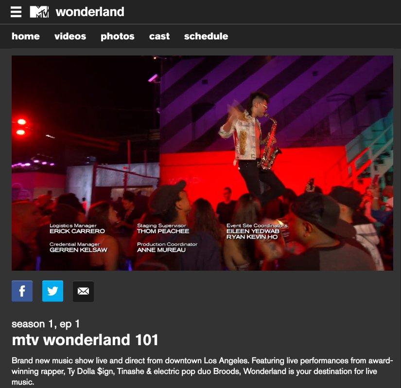Ayyy - dope party last night  @WonderlandMTV x @HamOnEverything https://t.co/J7OqFEIGPM