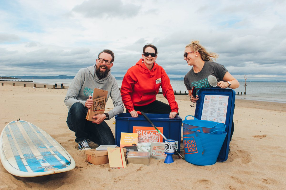 Beach clean boxes from @sascampaigns have been sent out across the country to tackle marine litter crisis #HeartNews https://t.co/5xFiA2WTeY