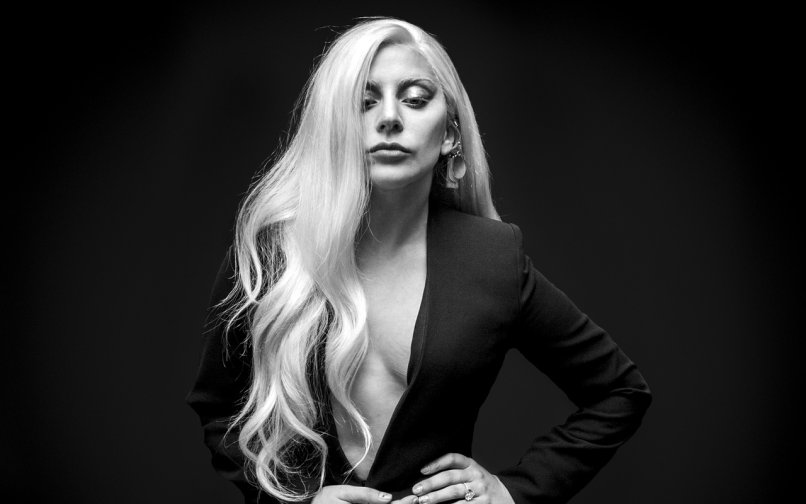 """#JacaTop20 BREAKAWAY @ladygaga """"Perfect Illusion"""", Retweet if you want this song to officially chart. https://t.co/uDnFTioy9F"""