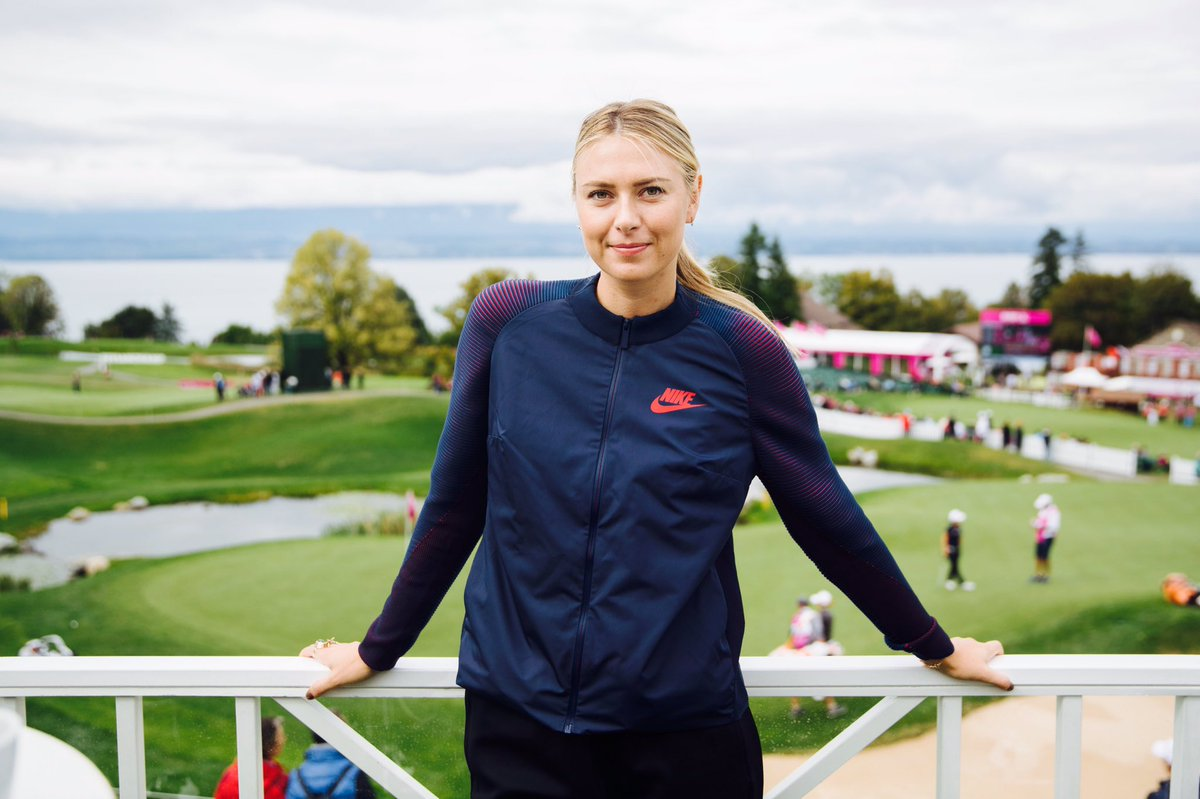 Fall has arrived at the #evianchampionship and my golf game has not improved ????????????#sweaterweather https://t.co/G4qKA7hDYK