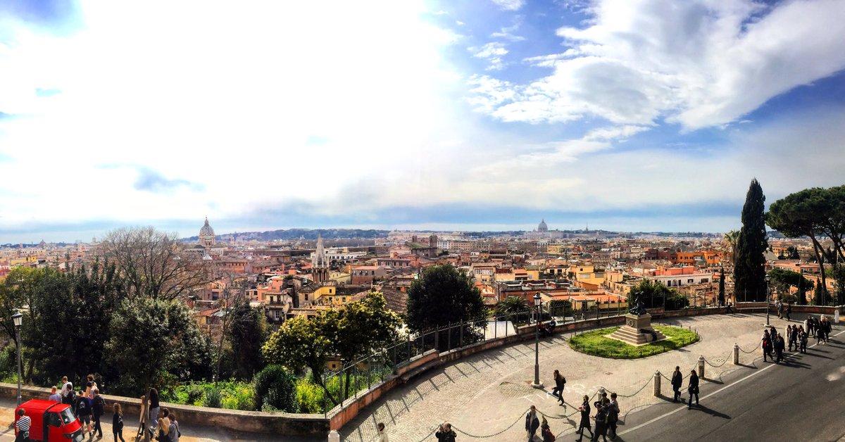 Living in beautiful cities #GrowingUpItalian https://t.co/3kLoggf7OY