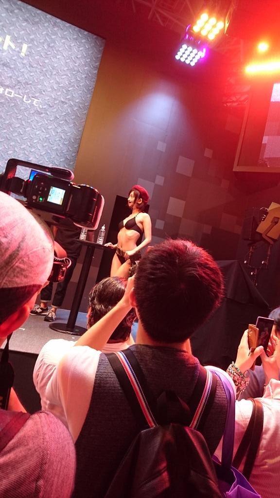 3 pic. DMM GAMES『WarThunder』ステージで着用した衣装は『ミリタント』さんに以前頂いたものです〜。ありがとうございます! Rqj6g27GYi  #TGS2016