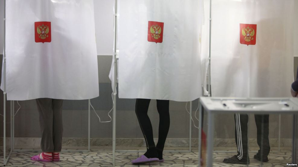 seks-na-uchastke-dlya-viborov