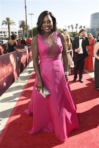 Deus chegou no #Emmys @violadavis #HTGAWM https://t.co/WsnyPd7kyh