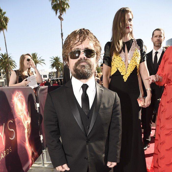 Os homens de Game of Thrones no tapete vermelho do #Emmys https://t.co/dNpoCOqOKl