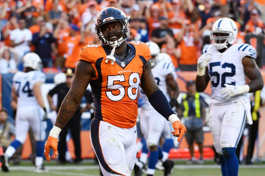 Broncos LB @Millerlite40's last 4 games, inc. playoffs: 9 sacks, 1 INT, 3 forced fumbles, 10 QB hits, 4 TFLs. https://t.co/91tQyo6EVw