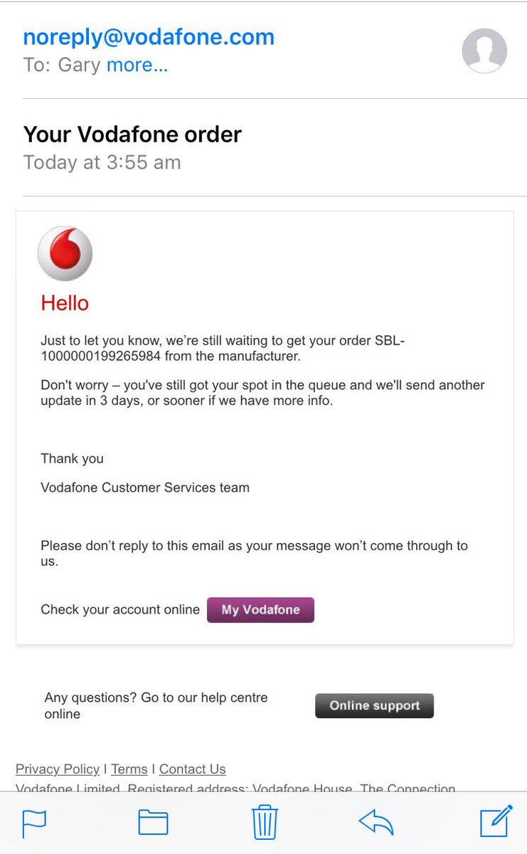 """Poor show/Poor wording @VodafoneUK. """"No delays"""" when you took my money! https://t.co/H8h01uWg8e"""