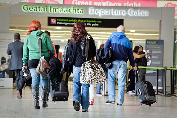 We're replacing the Departures Floor @DublinAirportas part of an overall €10m upgrade of T1