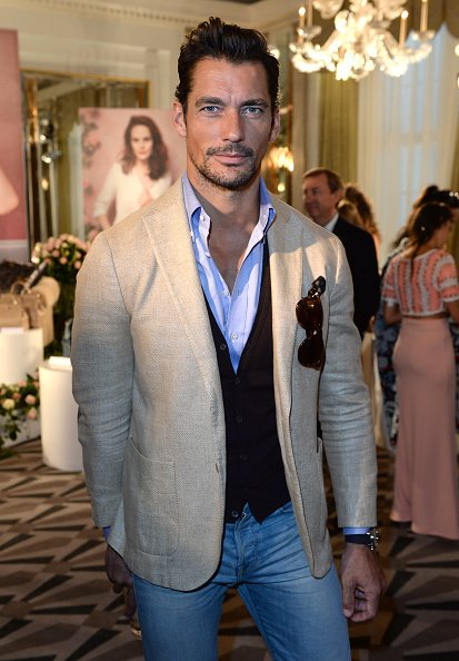 I love this semi-casual look today for #LFW . #DavidGandy today at the @AspinalofLondon presentation -Candyce https://t.co/GSbglZRtyH