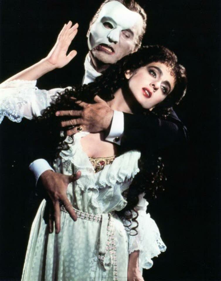 27 years ago tonight Colm Wilkinson and I opened the Canadian Phantom of The Opera. https://t.co/LbQKayXSnW