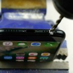 People Are Drilling Headphone Jacks Into the iPhone 7