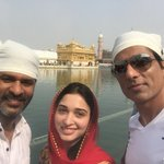 #Abhinetri team seeks blessings at Golden Temple, ahead of the release of the movie. https://t.co/1oJ1mVyB0C