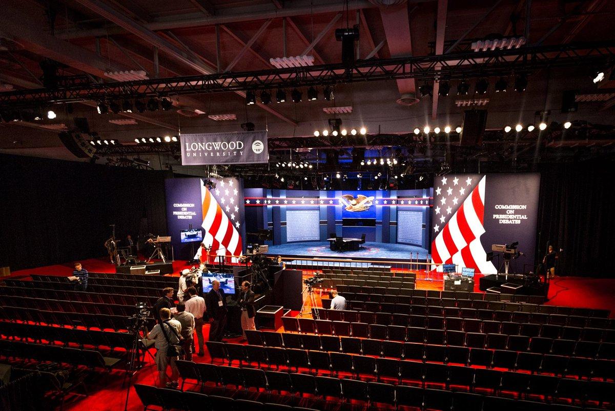 The stage is set. #LongwoodDebate https://t.co/yejL2GGZyD