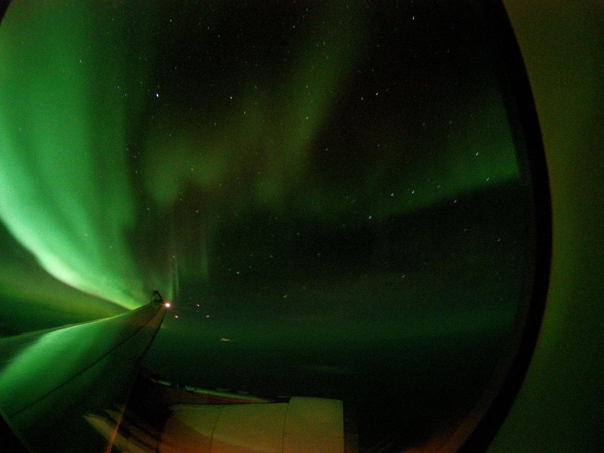 Hey, @AerLingus, Thanks for the (green) light show!   Flight 146 SFO>DUB #GoPro https://t.co/42TlASiiwP