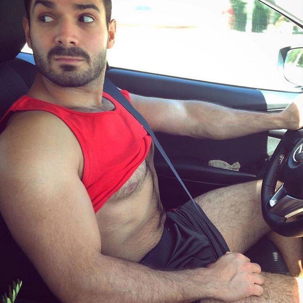 На сейчас машине знакомства ты гей если