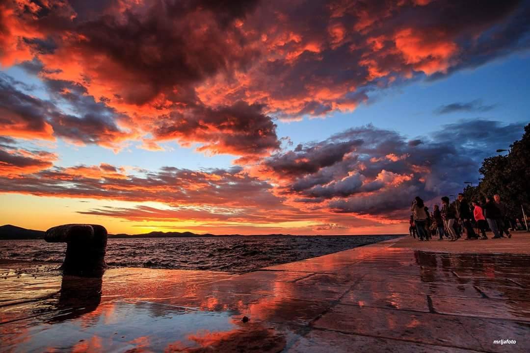 Spectalucal #sunset #seafront #zadar #croatia #travel #ezadar #mrljafoto https://t.co/y63ctprnlm