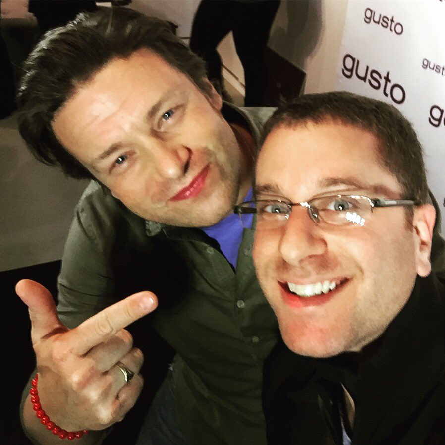 RT @DamnitMaurie: Party #selfie with the always awesome @jamieoliver at the launch of @gustotv  #food https://t.co/7gdSH1DxMK