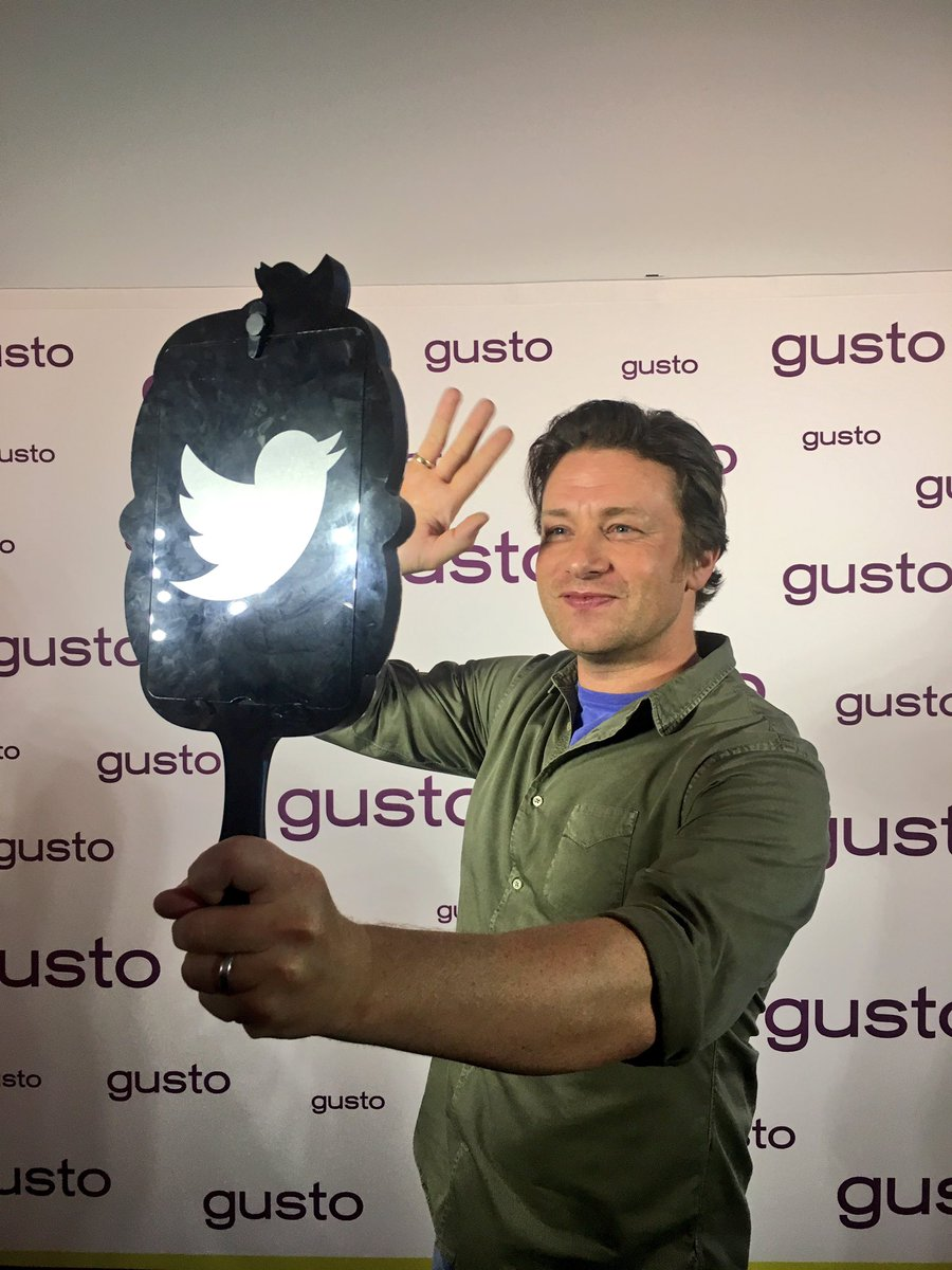 Oh hi @gustotv! Good to be in ???????? and the #Gusto launch today! https://t.co/D2DVNCZU1D