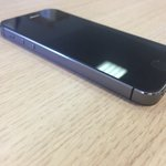Koupil jsem iPhone 5s black, má zablokovaný iCloud, jestli byl ukraden nebo ztracen, rád jej majiteli vrátím. RT prosím #iPhone5S #lost https://t.co/kPT4PVVhhz