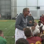 Dan McCarney hasnt lost a step. A few minutes ago, he addressed the team after practice. https://t.co/UyH0e1Exva