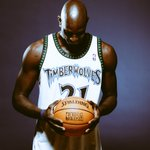 This time, we salute you. #ThankYouKG https://t.co/myByzsHyms