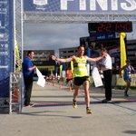 A new course record for Tony Migliozzi the Akron Marathon winner. #runakron @ohiodotcom https://t.co/wGy0UNwUBr