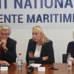 """""""On a 8 millions de pauvres dans notre pays, nous devons dabord nous occuper deux non ?"""" #Rochefort https://t.co/EDciXgiVNx"""