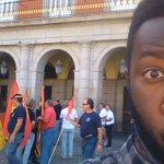 La cara que se te queda cuando pasas al lado de un grupo de legionarios que pide una calle para un franquista. https://t.co/VSbkOWBsZP
