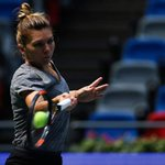 .@Simona_Halep training session today at @wuhanopentennis. 👊👊👊 Going for the 🏆🔝🎾🎾👊🔥 📷 source: Getty Images https://t.co/rCsWCFTk2I