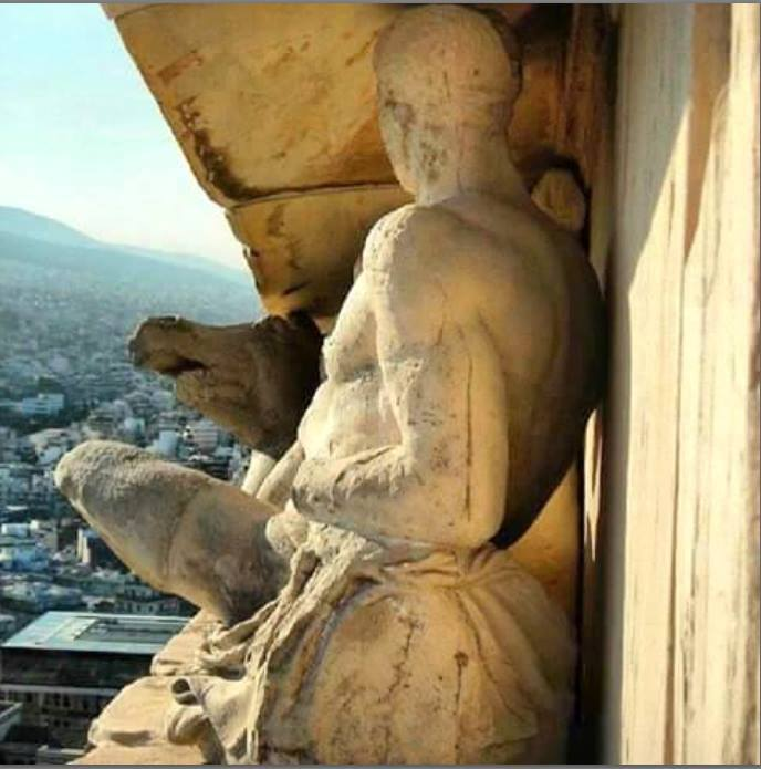 A unique foto from the east pediment of Parthenon with a stunning view to modern Athens https://t.co/pBrKqms7Al