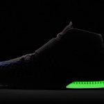 This morning, @Nike released a @RobGronkowski glow-in-the-dark Zoom Air training shoe.. https://t.co/bUge60Cdxk