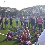 Wethouder opent bij twee voetbalclubs in Utrecht nieuwe kunstgrasvelden https://t.co/feborMwbvT #utrecht https://t.co/aVu78zmyD4