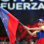 "Capriles recordó su compromiso con Venezuela: ""Yo voy a luchar con ustedes"" https://t.co/5q3Er7WRn9 https://t.co/wgo5VQZOUY"