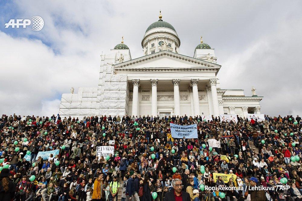 Finlande: des milliers de manifestants contre le racisme à Helsinki https://t.co/IElDnnI1QQ #AFP