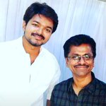 #Ilayathalapathy with the ace filmmaker #ARMurugadoss @actorvijay @ARMurugadoss https://t.co/ZcEsWcivkS