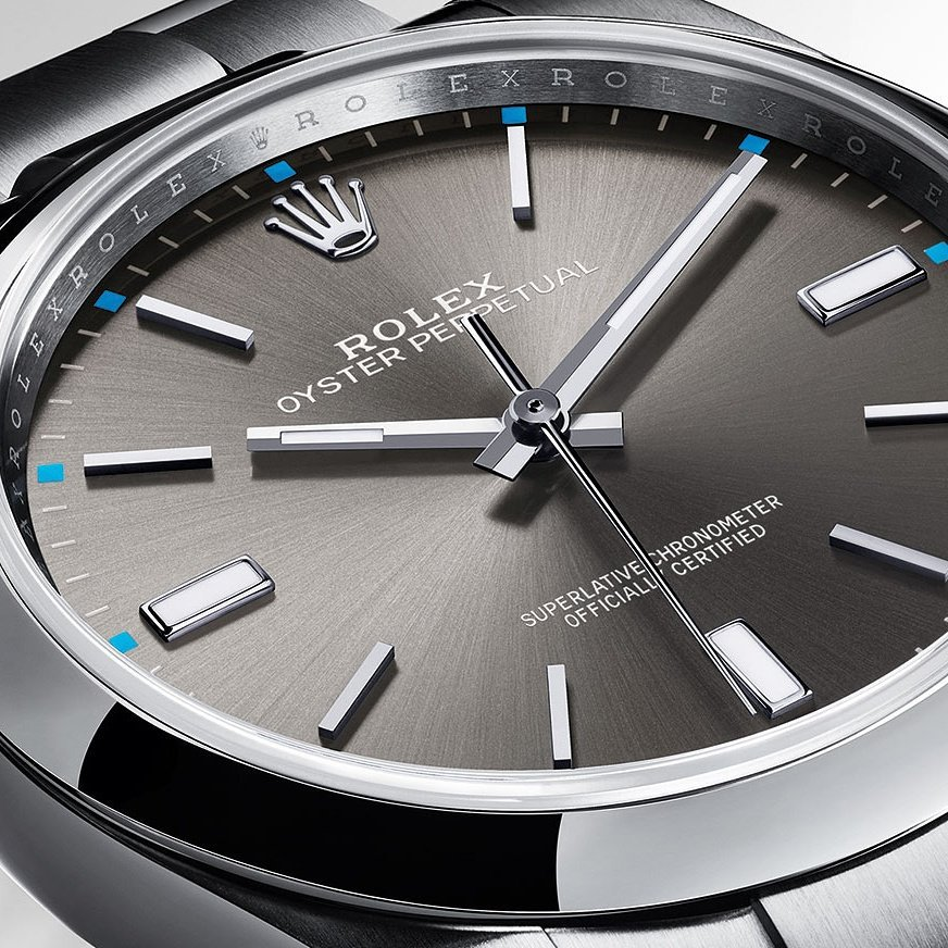 The #Rolex #OysterPerpetual39 in 904L steel with a dark rhodium dial and Oyster bracelet is the purest expression of the Oyster concept. https://t.co/9iL6sWkOlZ