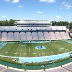 Beautiful day for football in Chapel Hill....Pitt vs. @TarHeelFootball ....@WFMY @ptwright #wfmysports https://t.co/4Eh1CMy0Fe