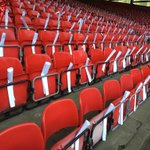 Thanks to all the fans who helped set up the display for the Merkland Stand tomorrow. Please raise cards before KO https://t.co/Kf0irgTNHF
