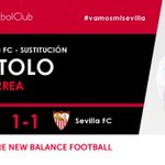 58I Primer cambio en el #SevillaFC se retira @tucu_correa y entra @VitoloMachin #vamosmisevilla #AthleticSevillaFC https://t.co/LW0oz9YJXY