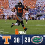 .@Vol_Football gets the WIN!#UFvsTENN [📷: @Vol_Football] https://t.co/yMiiCqPmE2