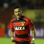 Magrão garante festa do jogo 600 em vitória do Sport sobre o Santos - https://t.co/doQXs3y9Os https://t.co/06QTws98ho