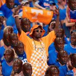 Photo of the night, week, month, 11 YEARS!!! #UFvsTENN https://t.co/bwjSCBOa6s