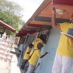En compañía del Min.@MQuevedoF dimos inicio esta tarde al despliegue de rehabilitación de escuelas. #CayapaEscolar https://t.co/l4nyiQTxc2