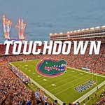 TOUCHDOWN GATORS!!! JORDAN CRONKRITE!!!🐊🐊🐊🐊🐊 https://t.co/jv1fBgRFjd