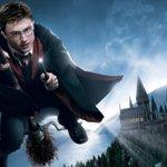Ölüler için üzülme Harry Yaşayanlar için üzül,  En çokta sevgisiz yaşayanlar için.  /Dumbledore/ https://t.co/uvUiQX0xgC