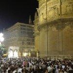 22:39 - La Virgen de la Paz llega a la Plaza Virgen de los Reyes #CoronacionPazSevilla https://t.co/rgp6EdV6Ea