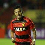 Magrão garante festa do jogo 600 em vitória do Sport sobre o Santos - https://t.co/doQXs3gypS https://t.co/yZpvjvTeYq