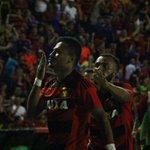 Rogério comemora seu gol!!!   Foto: Williams Aguiar https://t.co/dR1NJE8sAM