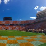 Nicely done, Neyland. This place is ROCKING. https://t.co/TR3oG8StgG